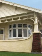 Figure 2: Verandah with roughcast support.